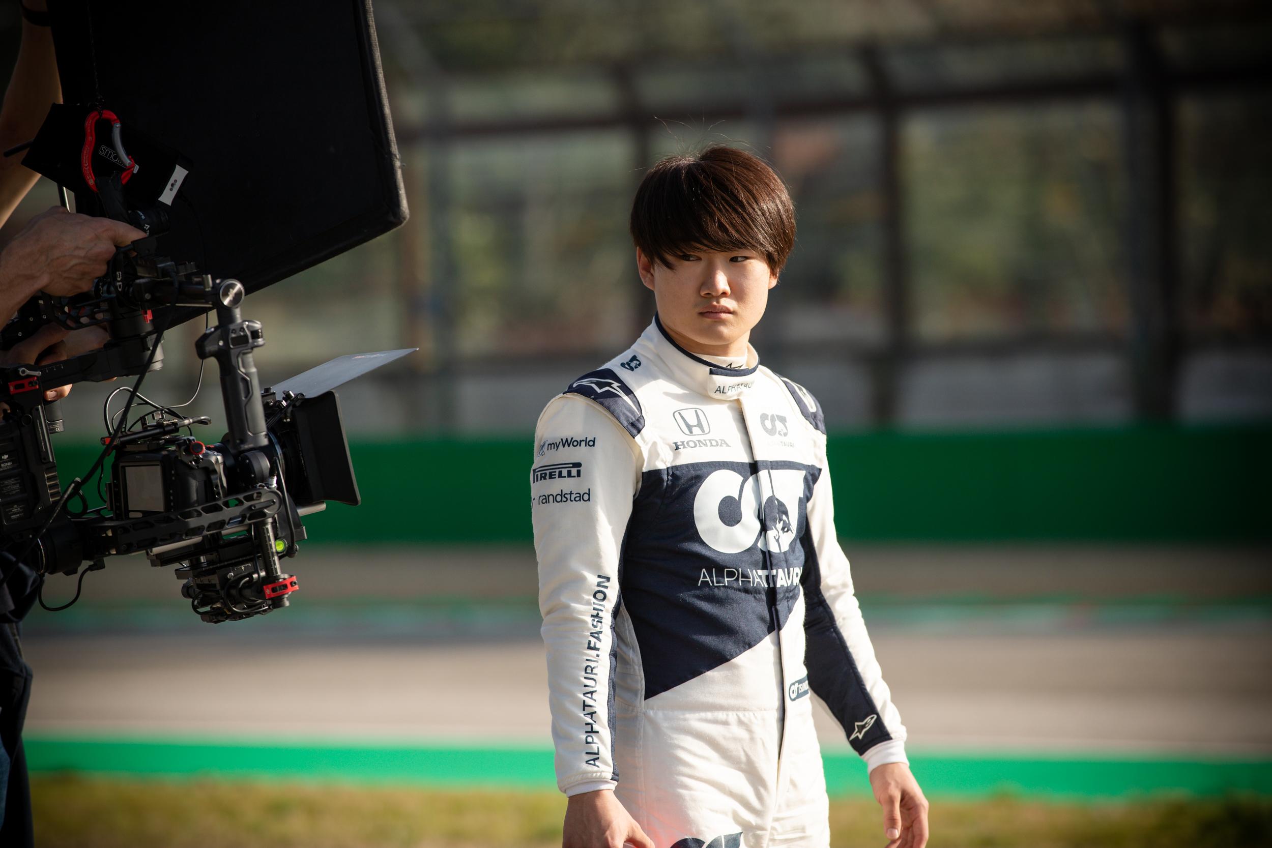 Tobias Corts follows Yuki Tsunoda - Alpha Tauri F1 Shakedown 2021